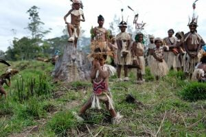Papuan kids at the Mount Hagen festival