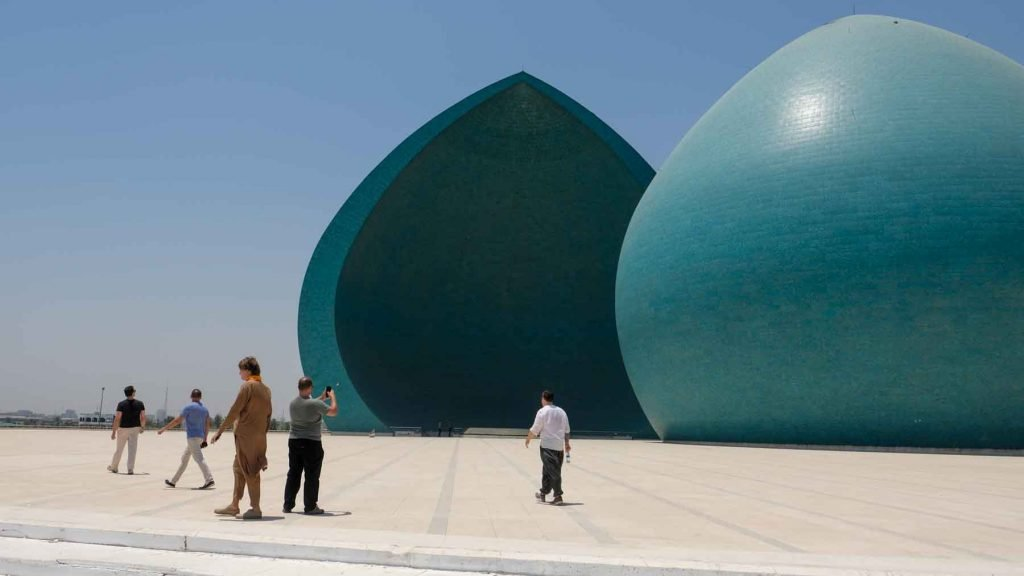 the Al-Shaheed monument or Martyr monument in Baghdad